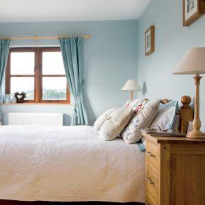 phòng ngủ sang trọng với đồ gỗ đẹp