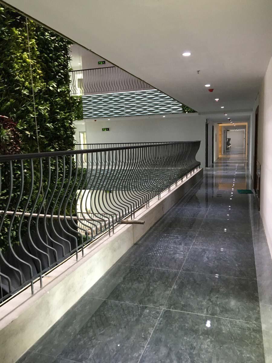 hành lang vườn hoa dự án Leman Luxury quận 3